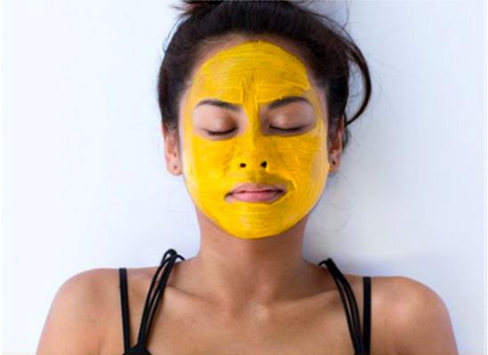 DIY Masks That Heal Dark Spots